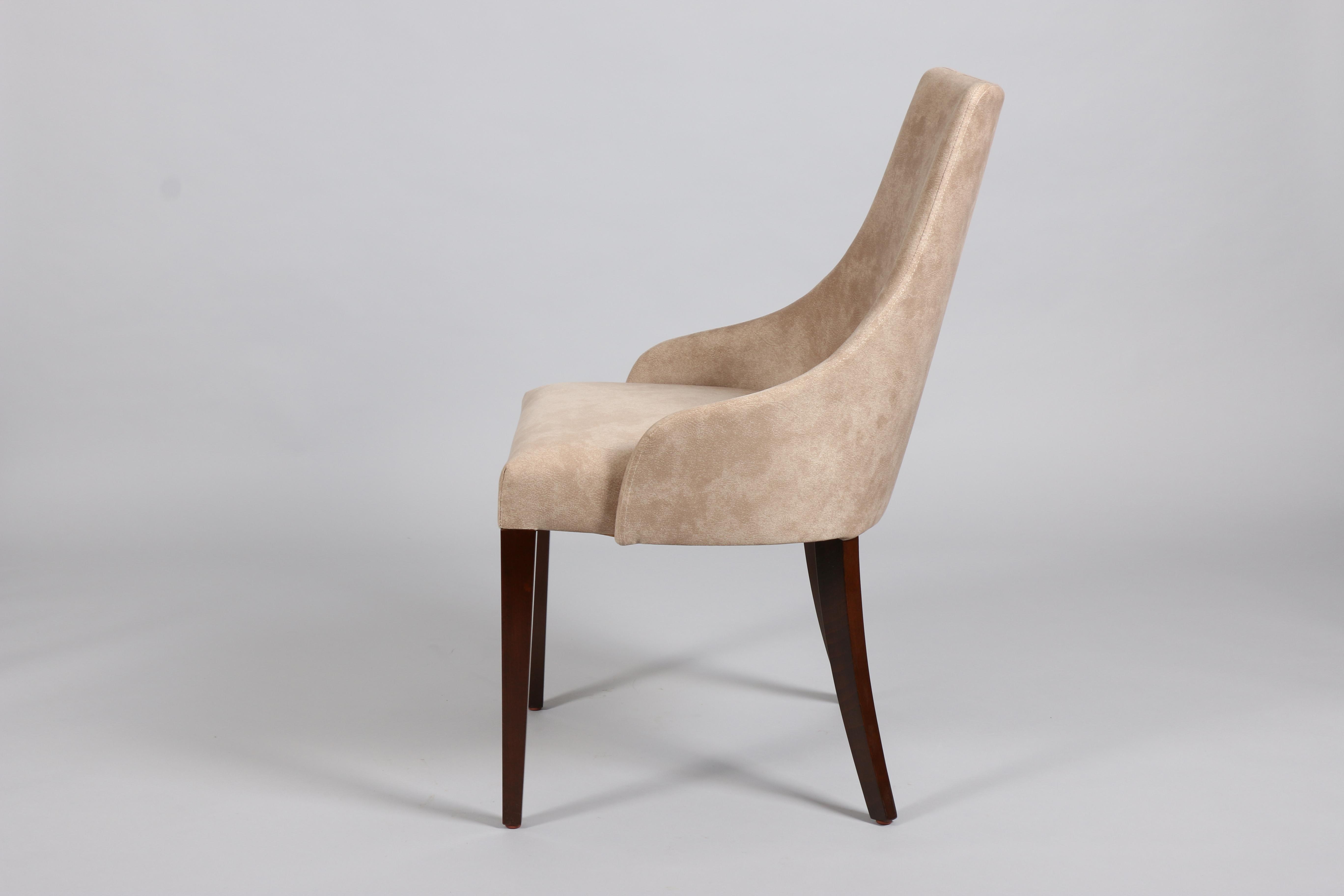 Трапезарен стол Стил