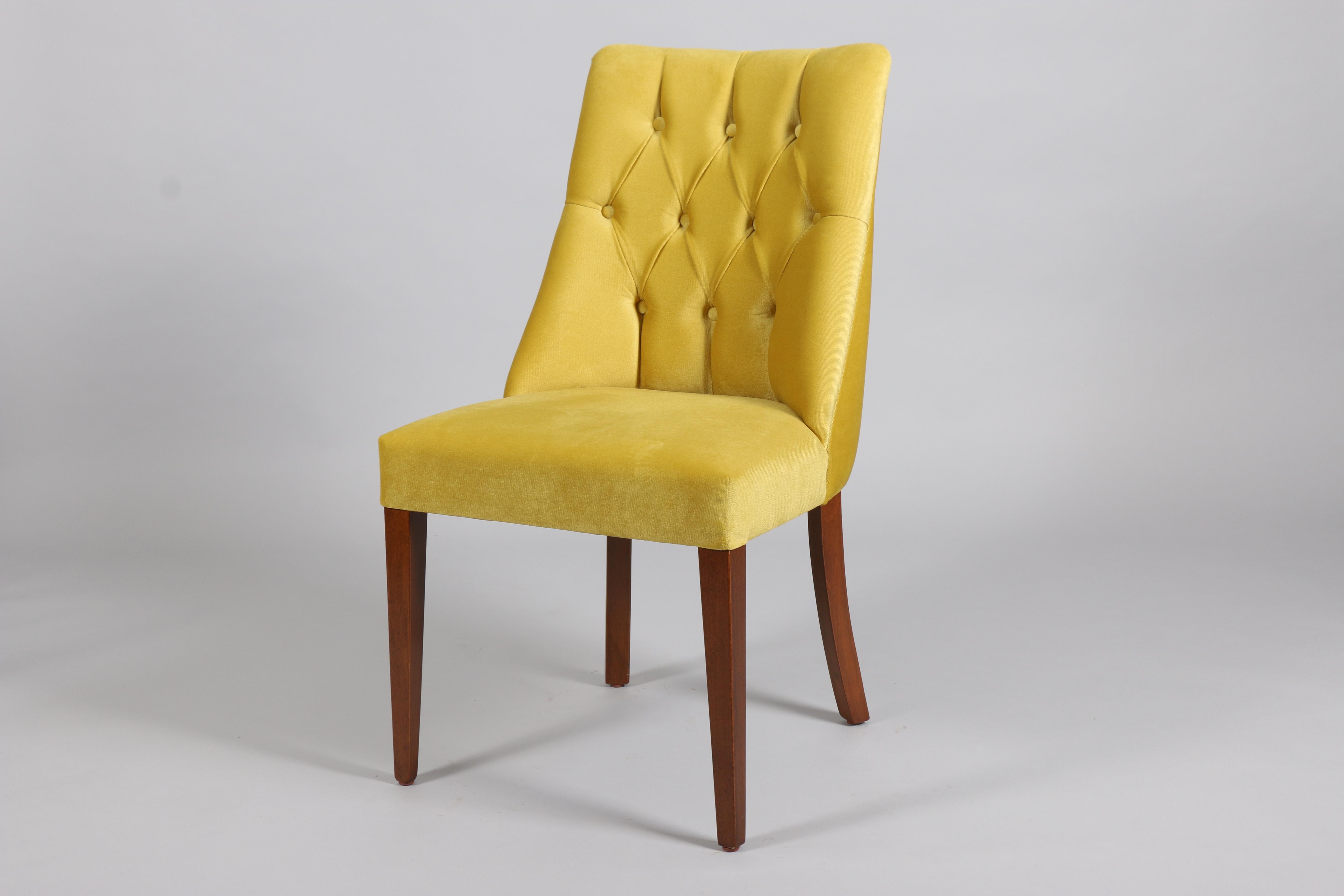 жълт стол дърво Ладин