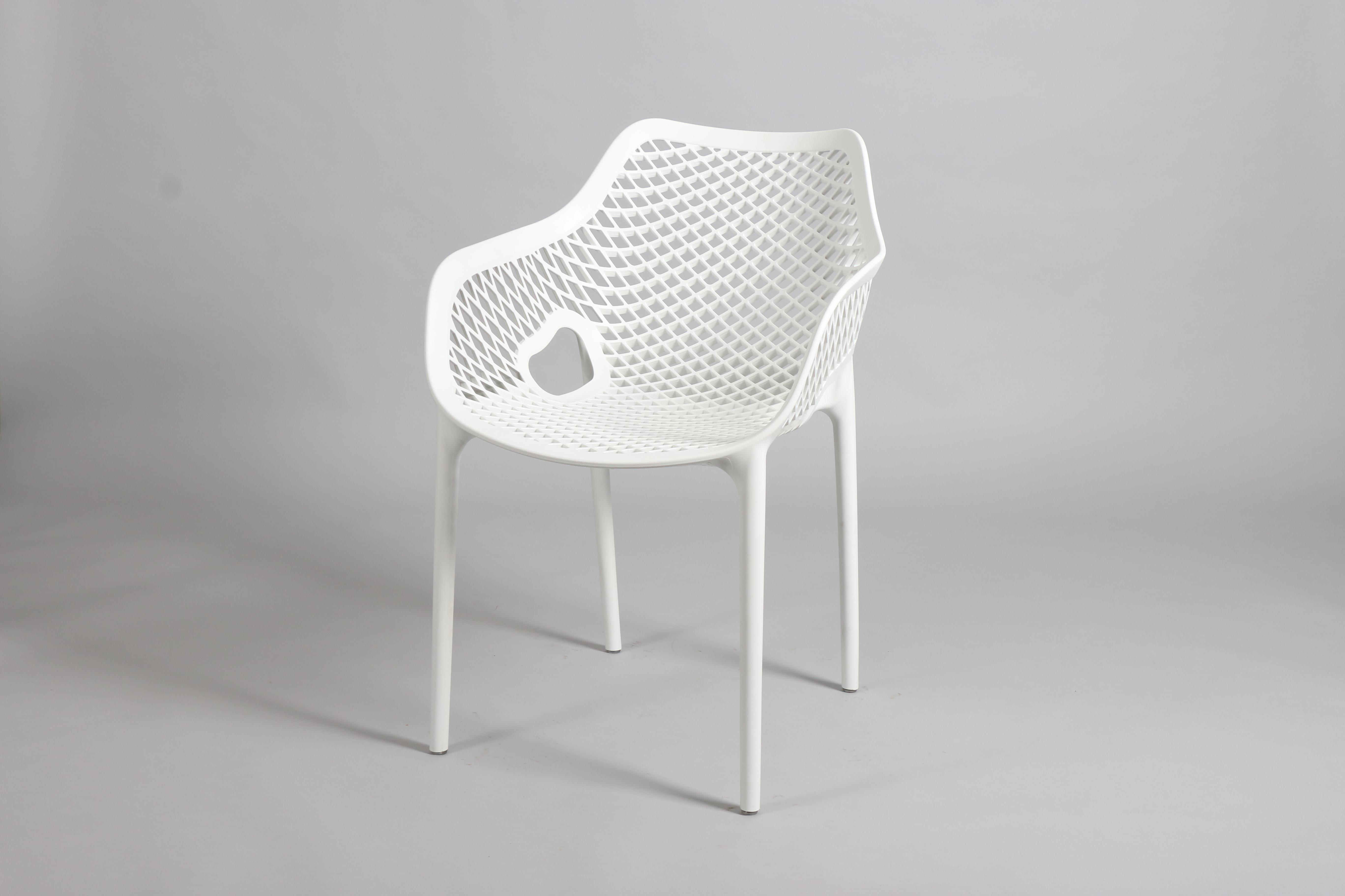 бял стол градински от полипропилен,пластмаса